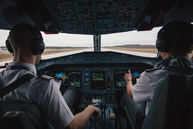 How to become a pilot?